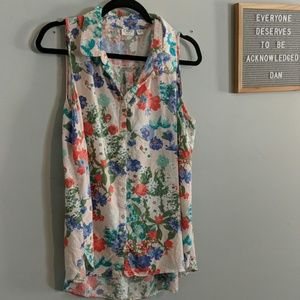 Floral collared sleeveless top, sz. 18/20